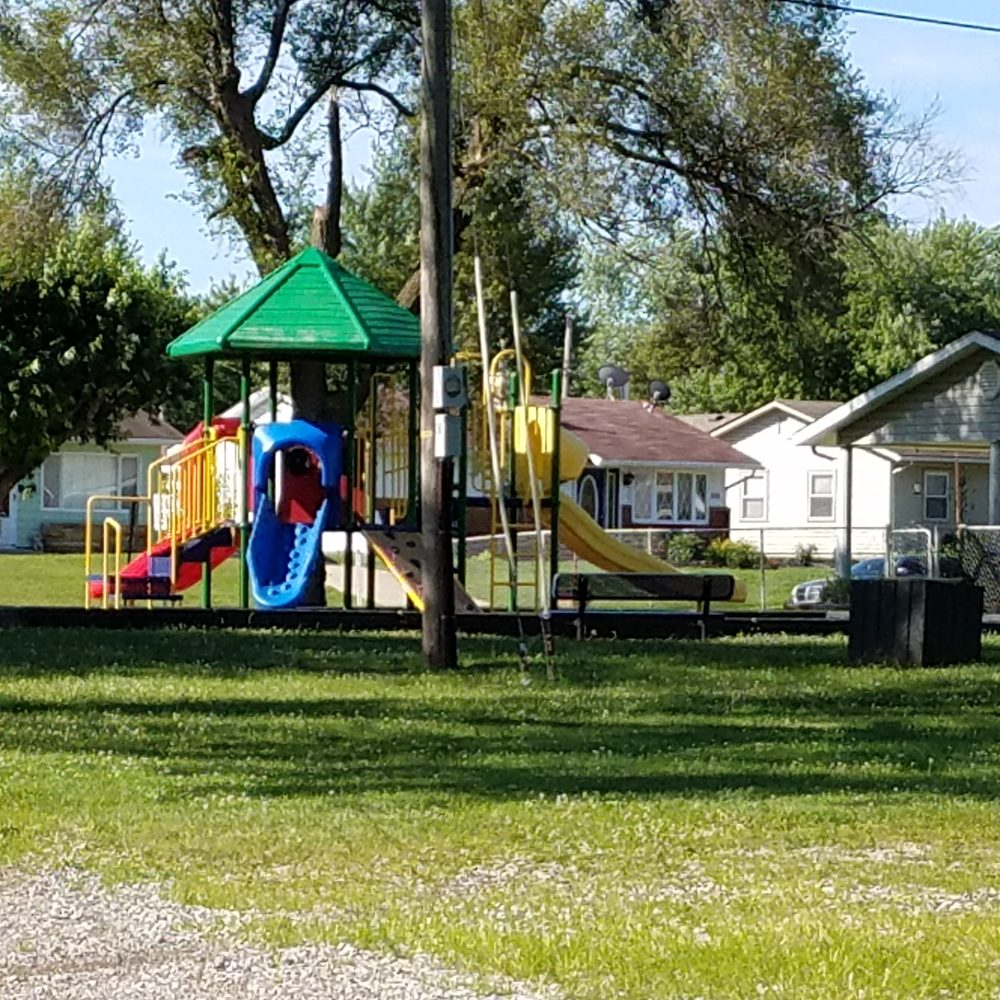 Lawrence Ferrell Park - East Side Park: 560 N Cres Dr, Frankfort, IN