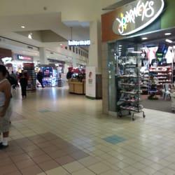 Stonewood Mall Shoe Stores