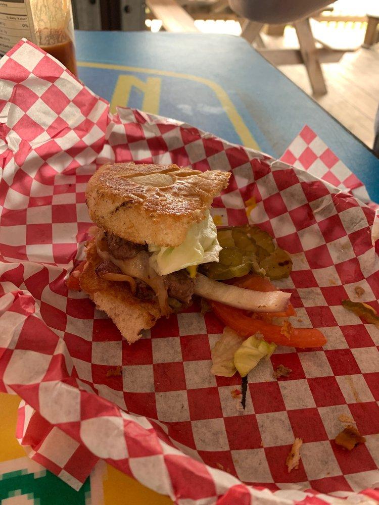 Hardheads Icehouse & Grill: 1035 Hwy 87, Bolivar Peninsula, TX