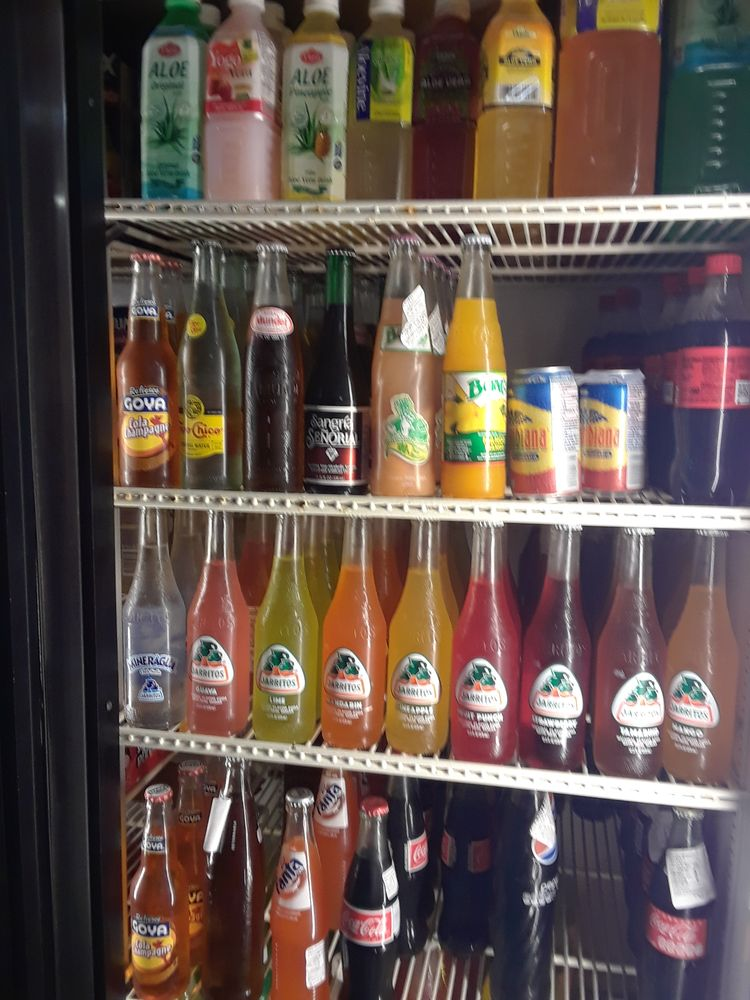 Cinco de Mayo Taqueria y Carniceria: 524 N Scott Ave, Belton, MO