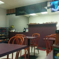 photo of sunideli rosemont il united states dining small space