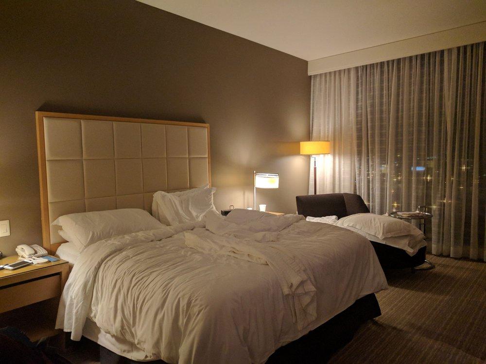 Four Seasons Hotel: 999 N 2nd St, Saint Louis, MO