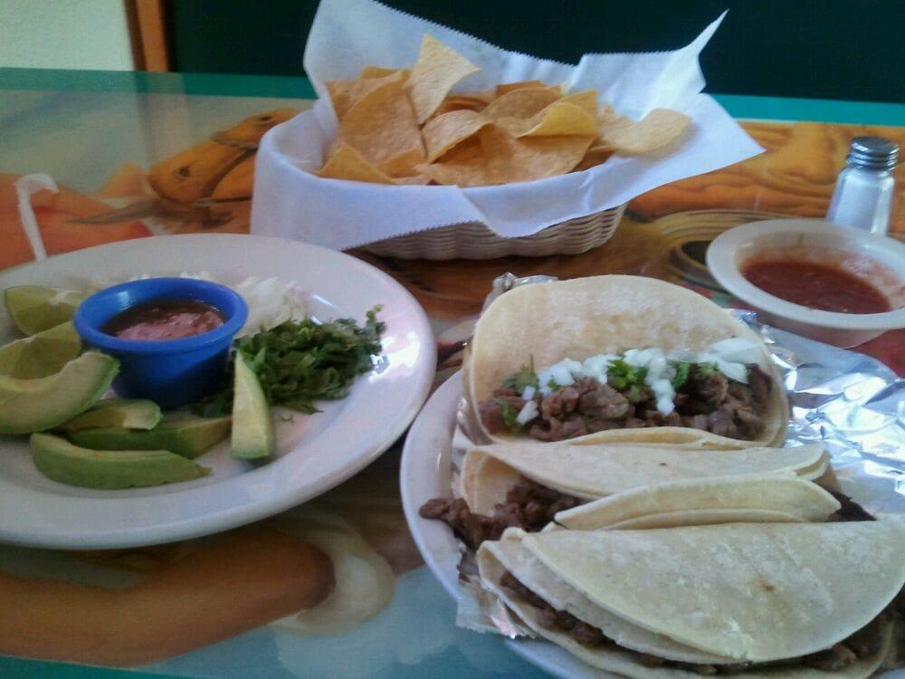 El Mexicano Restaurant: 1608 E Madison Ave, Bastrop, LA