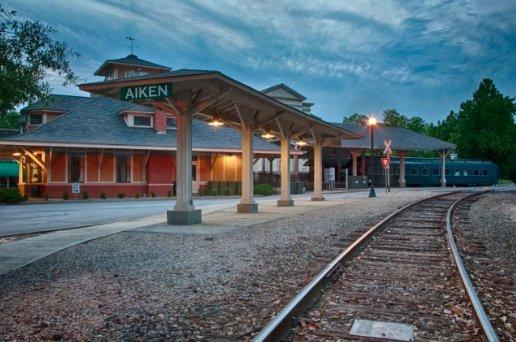 Aiken Visitor Center and Train Museum: 406 Park Ave SE, Aiken, SC