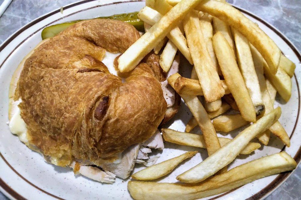 Milton Family Restaurant: 541 Vernal Ave, Milton, WI