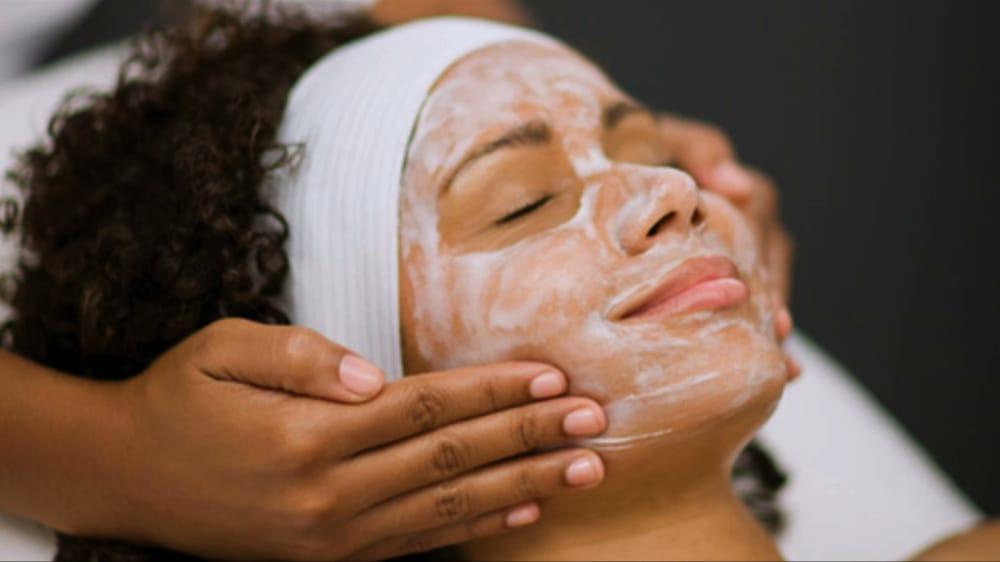 Five Touch Spa & Salon: 2403 Wooten Blvd, Wilson, NC