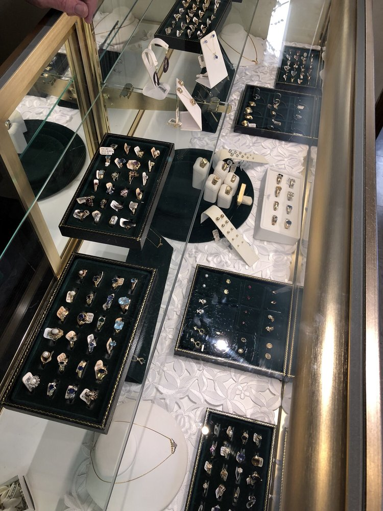 American Jewelry & Pawn: 4510 Sunset Ave, Rocky Mount, NC