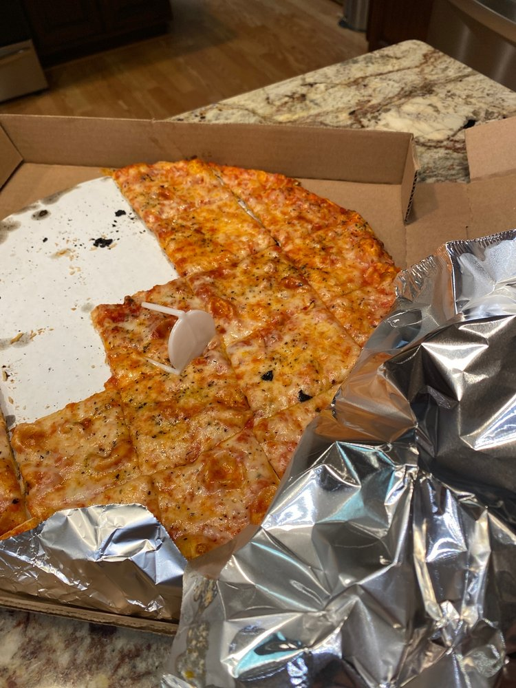 Rosie's Pizzeria: 710 Archer Ave, Marshall, IL
