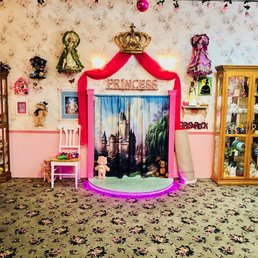 Photos For Olivia S Dollhouse Tea Room Yelp