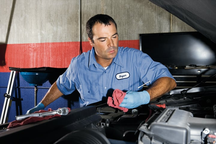 Advantage Auto Solutions: 305 E Clifty Dr, Madison, IN