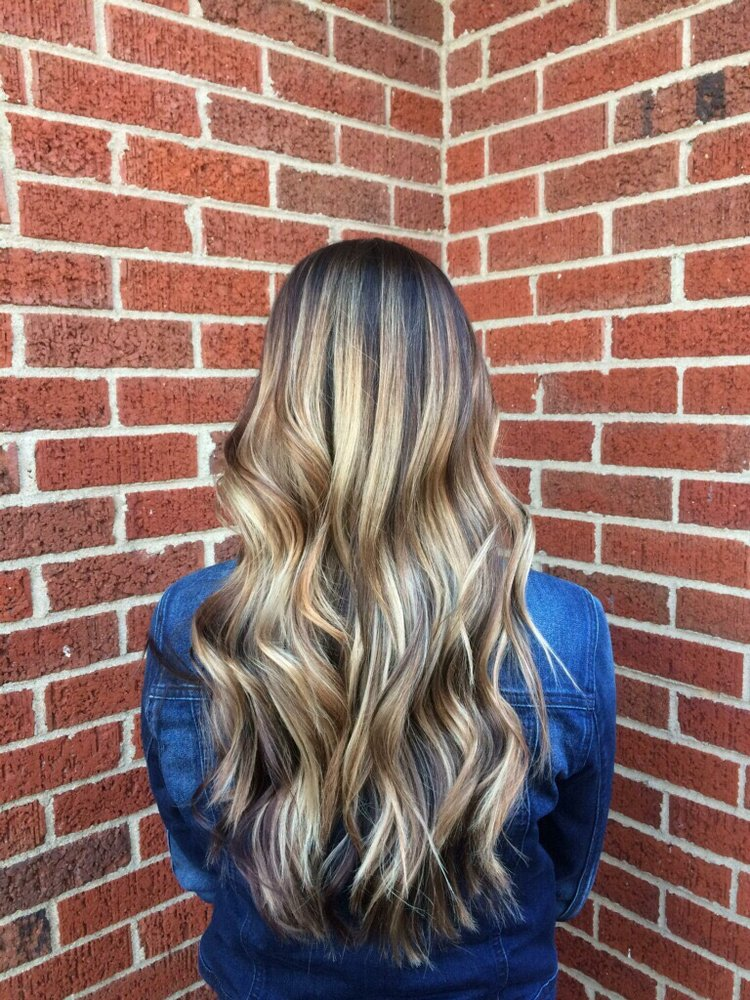 New Attitudes Hair Studio & Etc: 510 Powdersville Main, Easley, SC
