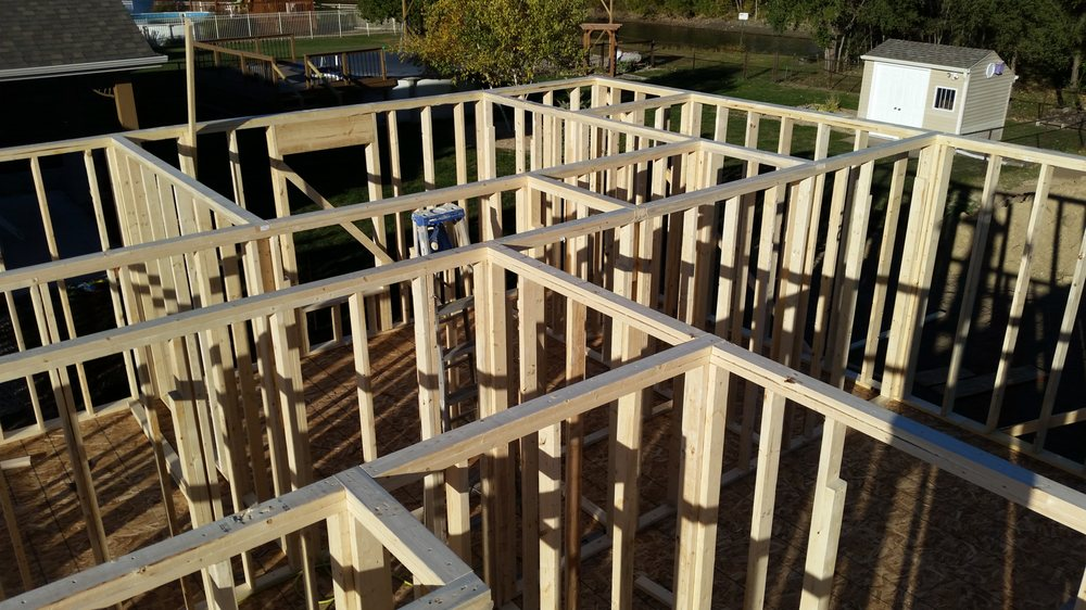 Lucas Blankenship Construction: S Douglas Ave 872, Springfield, IL