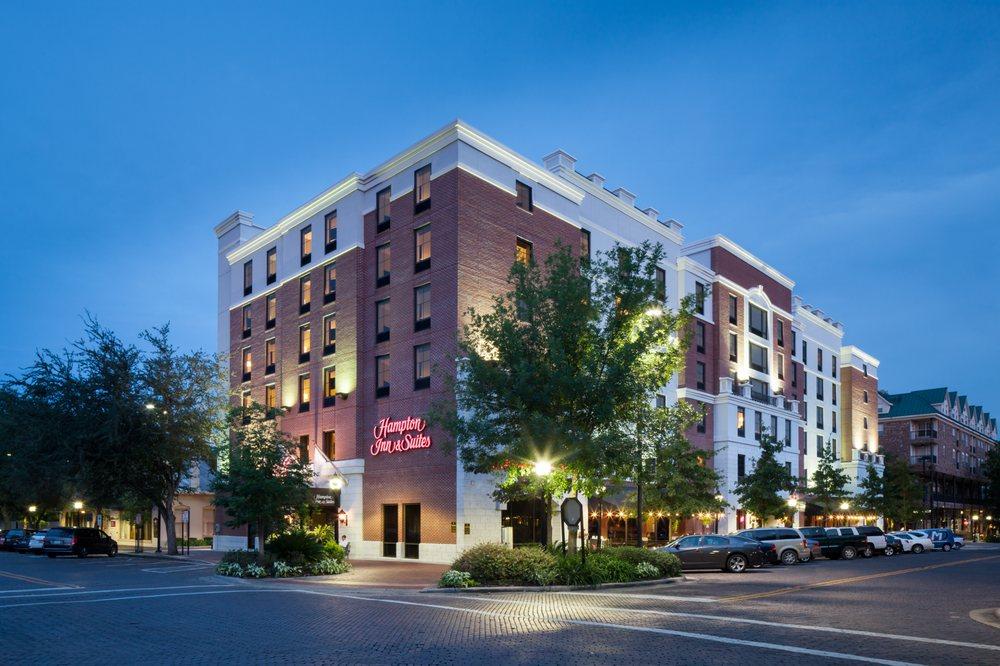 Hampton Inn & Suites Gainesville-Downtown: 101 SE 1st Ave, Gainesville, FL