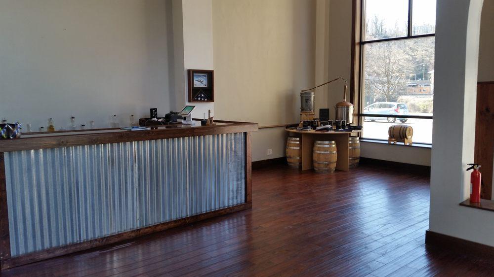 Mountain State Distillery: 800 Kanawha Blvd E, Charleston, WV