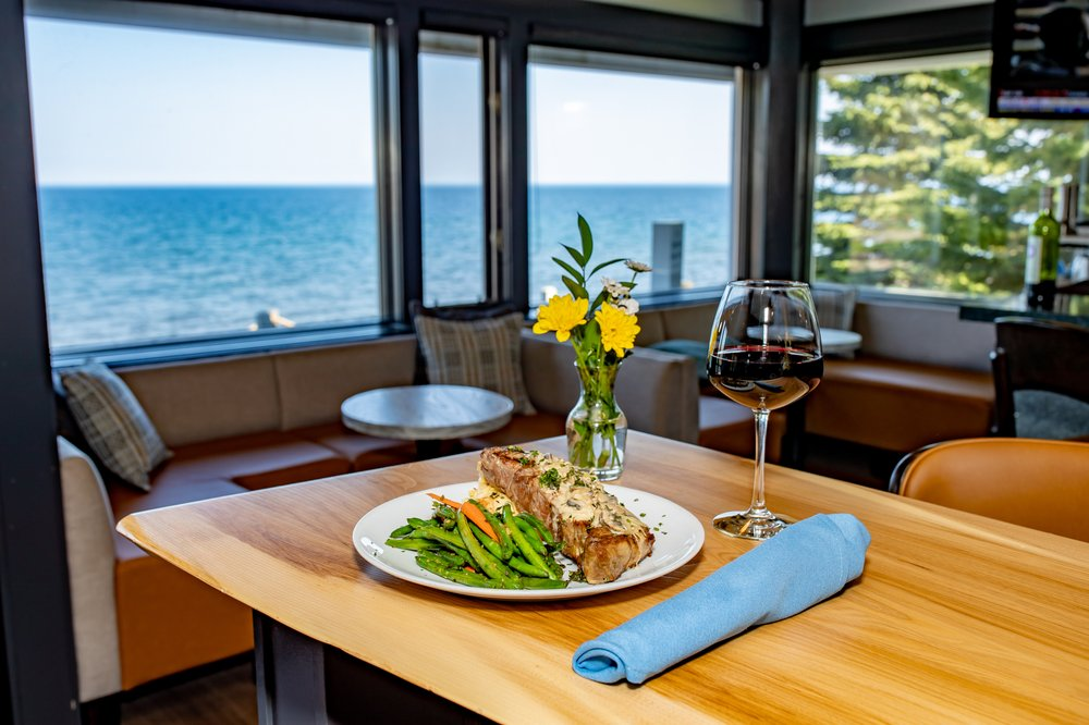 Bluefin Grille: 7192 W Hwy 61, Tofte, MN