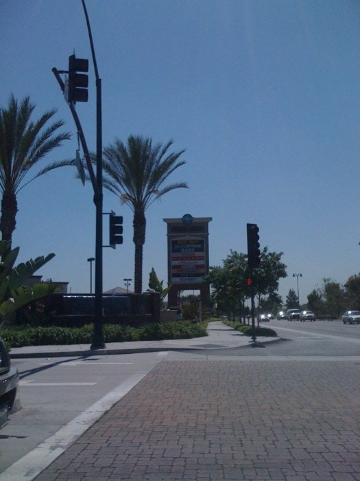 Restaurants Near Downey Landing