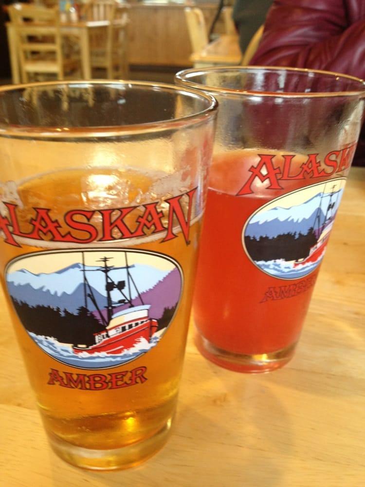 Grand View Cafe & RV Park: 22518 W Glenn Hwy, Chickaloon, AK