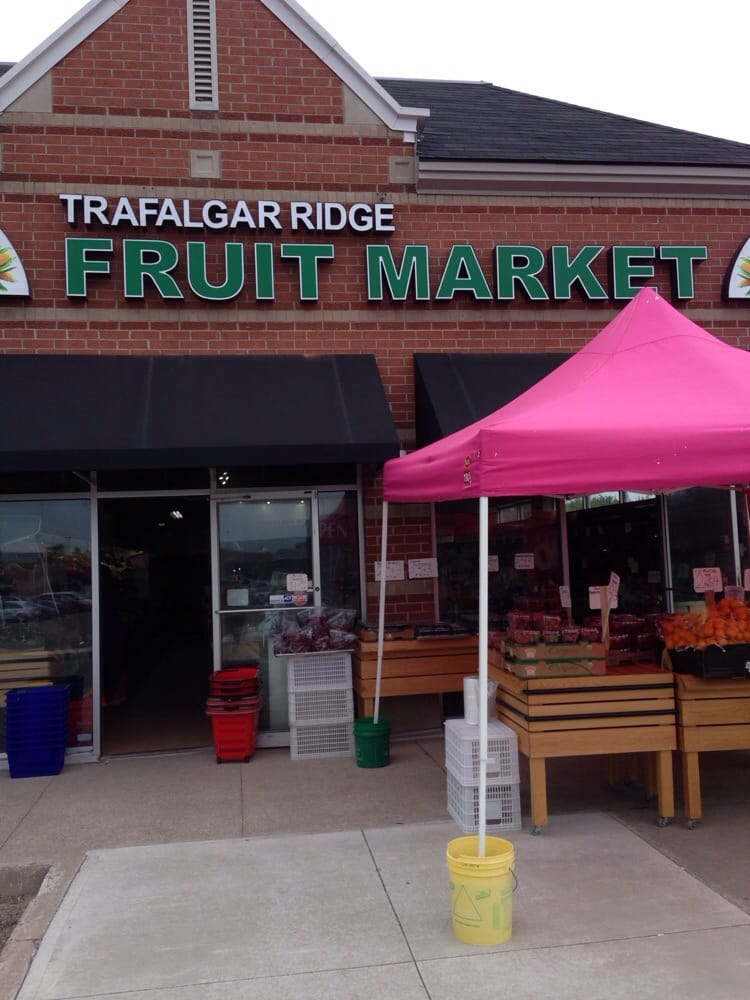 Trafalgar Ridge Fruit market