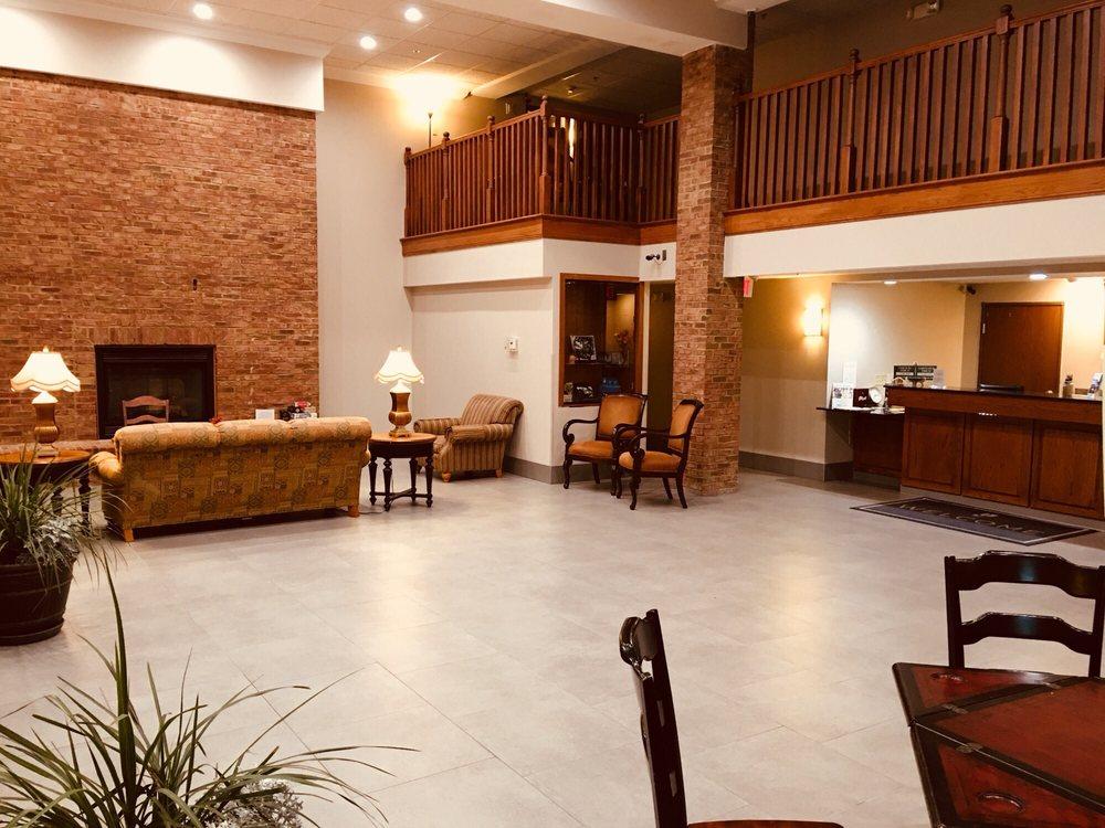 Country Inn & Suites by Radisson - Jonesborough: 376 E Jackson Blvd, Jonesborough, TN