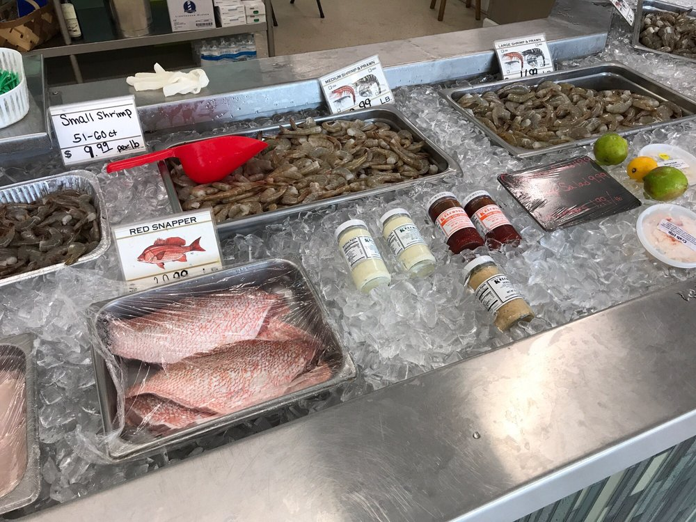 Atlantic Beach Seafood and Fresh Market: 415 Atlantic Beach Cswy, Atlantic Beach, NC
