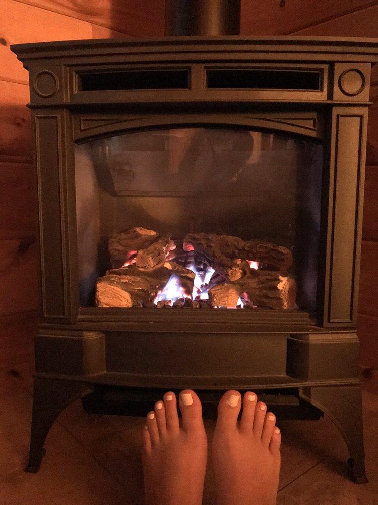 Sterling Ridge Log Cabin Resort: 155 Sterling Ridge Dr, Jeffersonville, VT