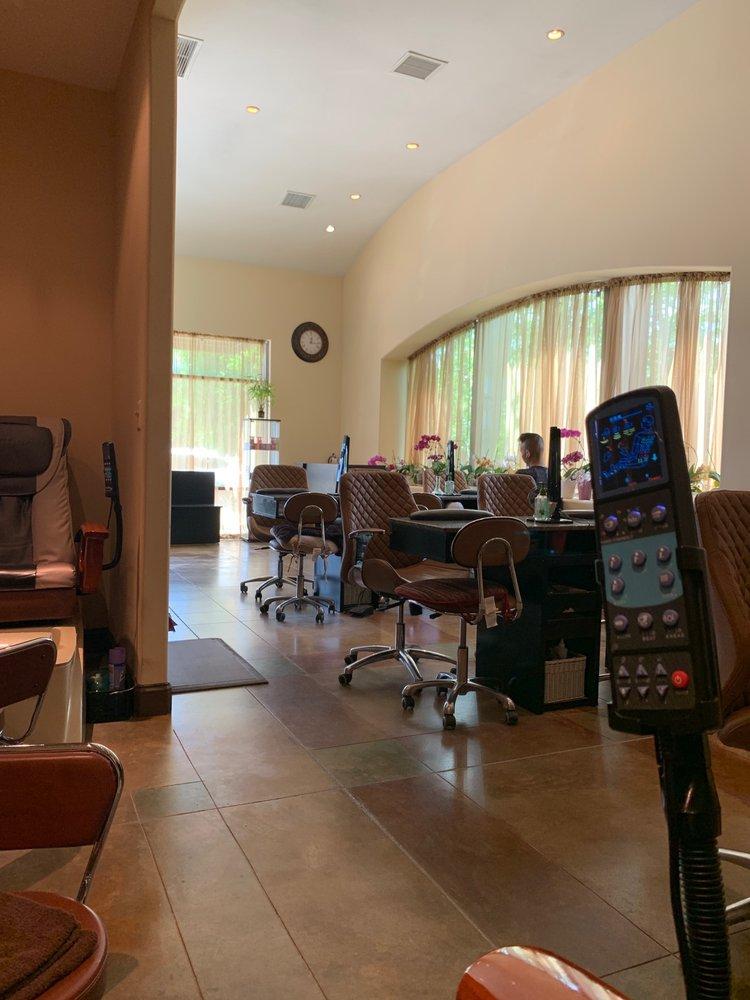Rain Salon and Day Spa: 125 Corporate Dr, Stafford, VA
