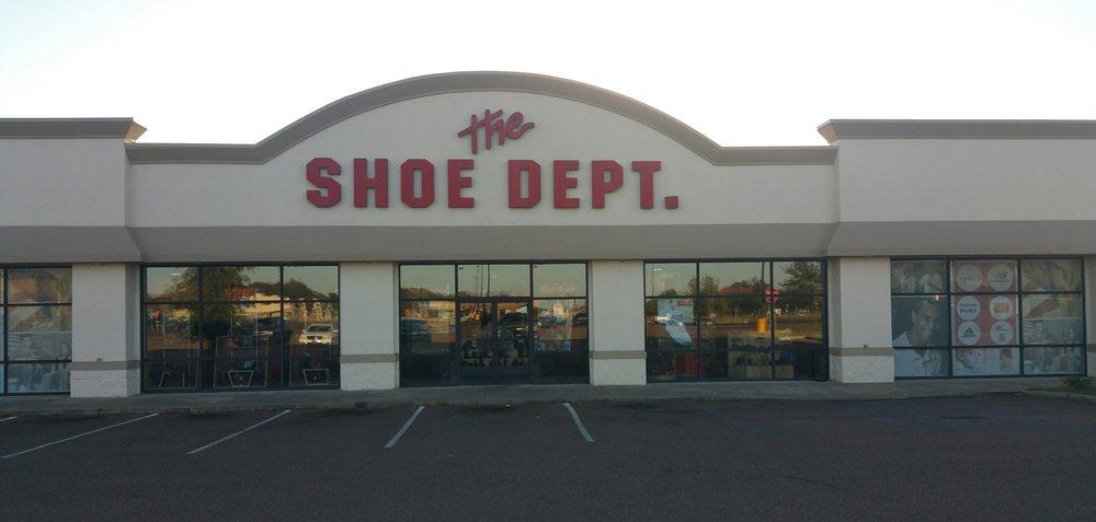 Shoe Dept.: 501 Viola B Sanders Dr, Greenwood, MS