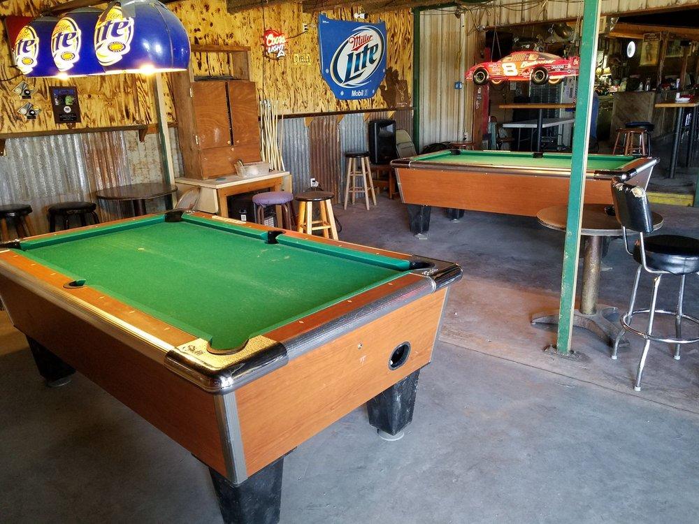 Papa Joe's Texas Saloon: 1505 N Frontage Rd, Lorena, TX
