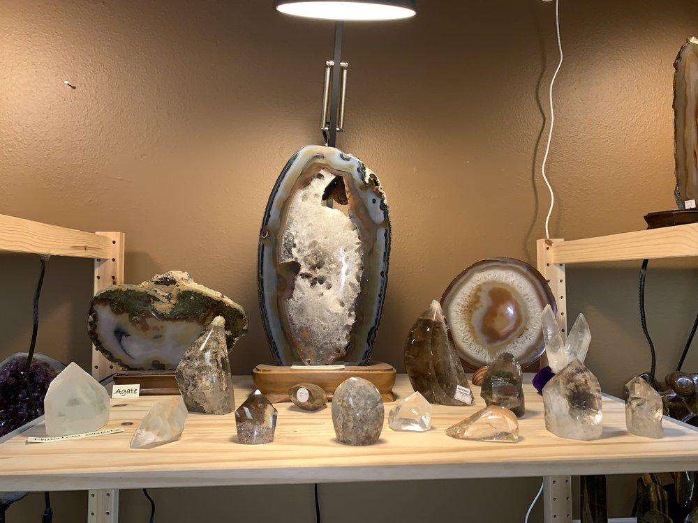 Joshua Tree Rock Shop: 61595 Twentynine Palms Hwy, Joshua Tree, CA