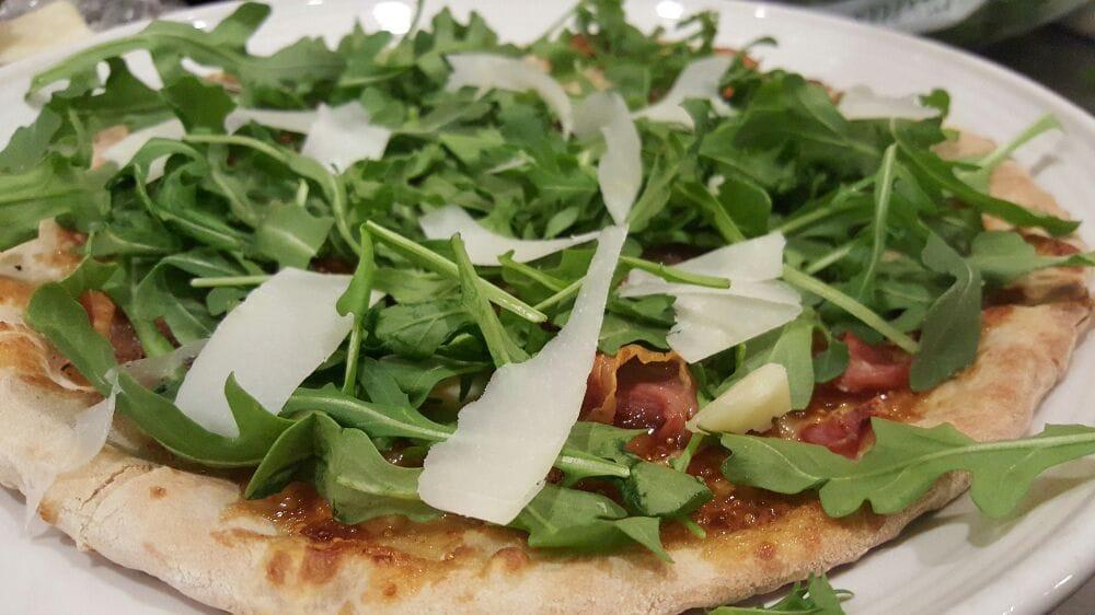 White pizza arugula shaved pecorino romano fig jam for Anthony s creative italian cuisine