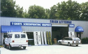 TJ Signs Screen Printing and Embroidery: 6662 SE 110th St, Belleview, FL