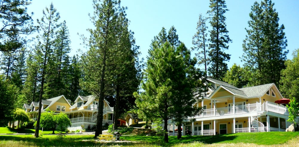 Bed And Breakfast Outside Yosemite