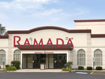 Ramada by Wyndham Glendale Heights/Lombard
