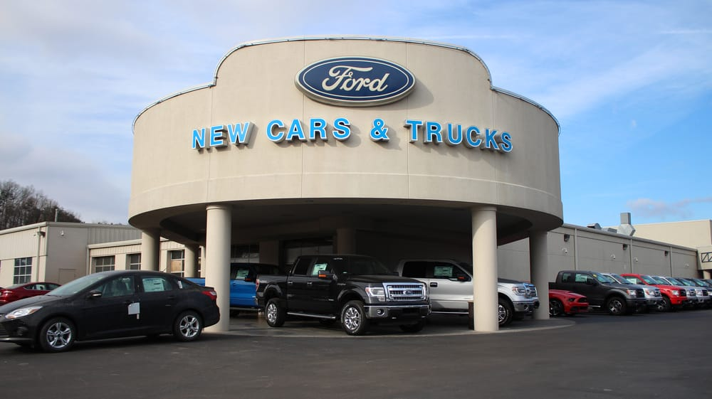 Lance cunningham ford 23 photos car dealers 4101 for Deal motors clinton hwy