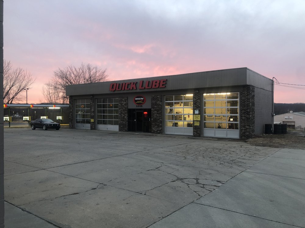 Service Pro Quick Lube: 5358 Merle Hay Rd, Johnston, IA