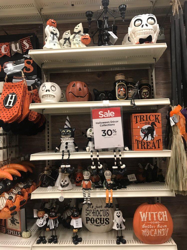 Amazing Halloween Decorations On Sale   Yelp