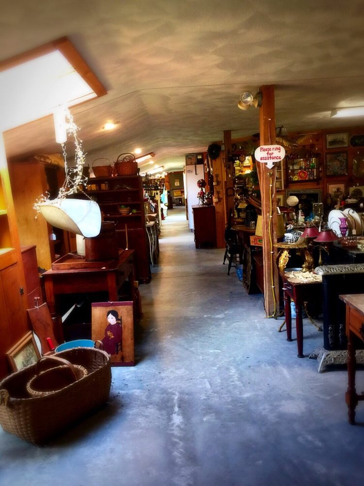Jules Antiques & General Store: 320 Kingstown Rd, Richmond, RI