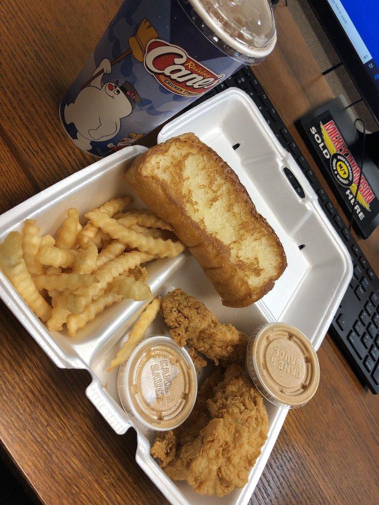 Raising Cane's Chicken Fingers: 9935 W McDowell Rd, Avondale, AZ