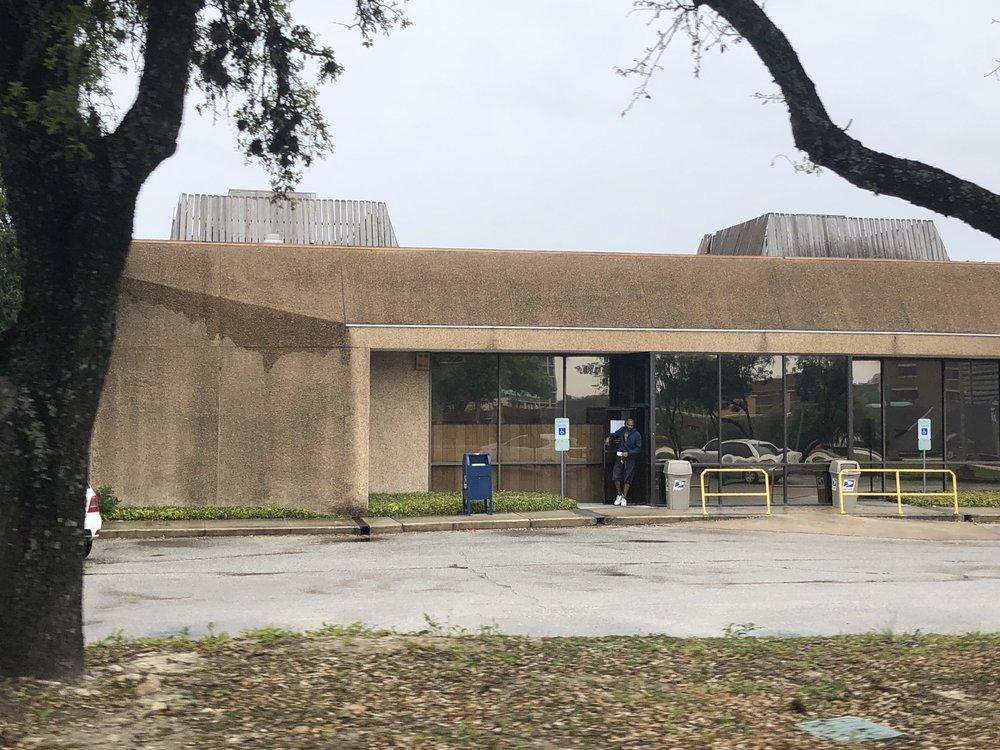 United States Post Office: 4835 Medical Dr, San Antonio, TX