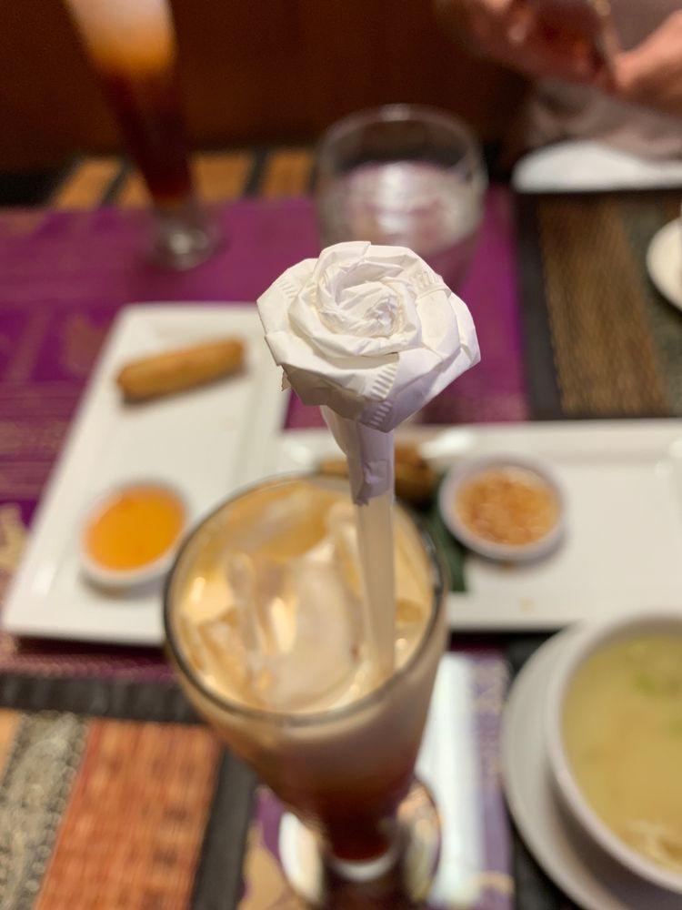 Photo of Tuptim Thai And Sushi Restaurant: Jacksonville, FL