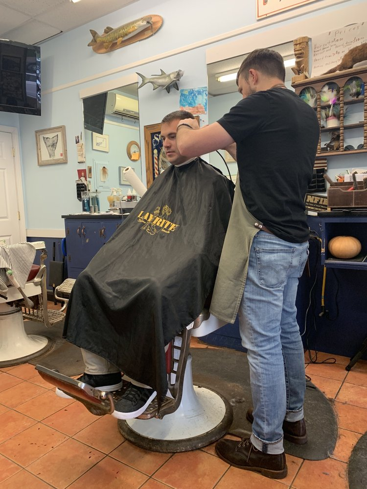 Yorke's Barber Shop: 127 Long Sands Rd, York, ME