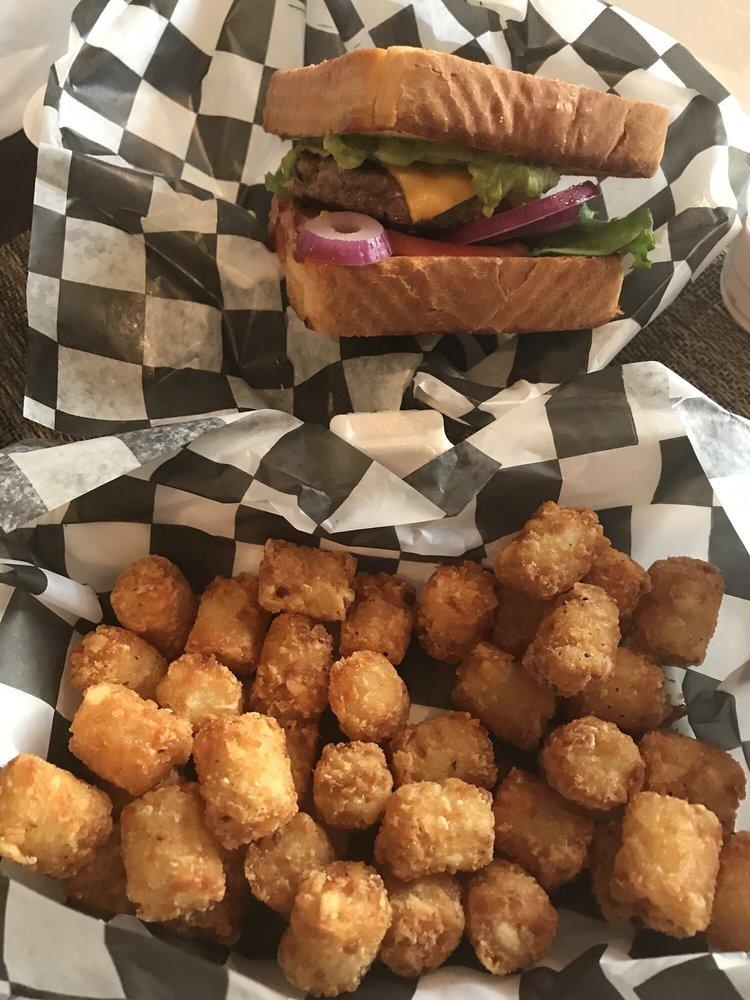The Burger Shack: 42841 Creek View Plz, Ashburn, VA