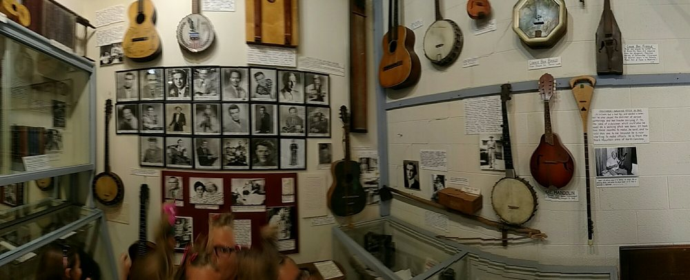 Museum of Appalachia: 2819 Andersonville Hwy, Clinton, TN