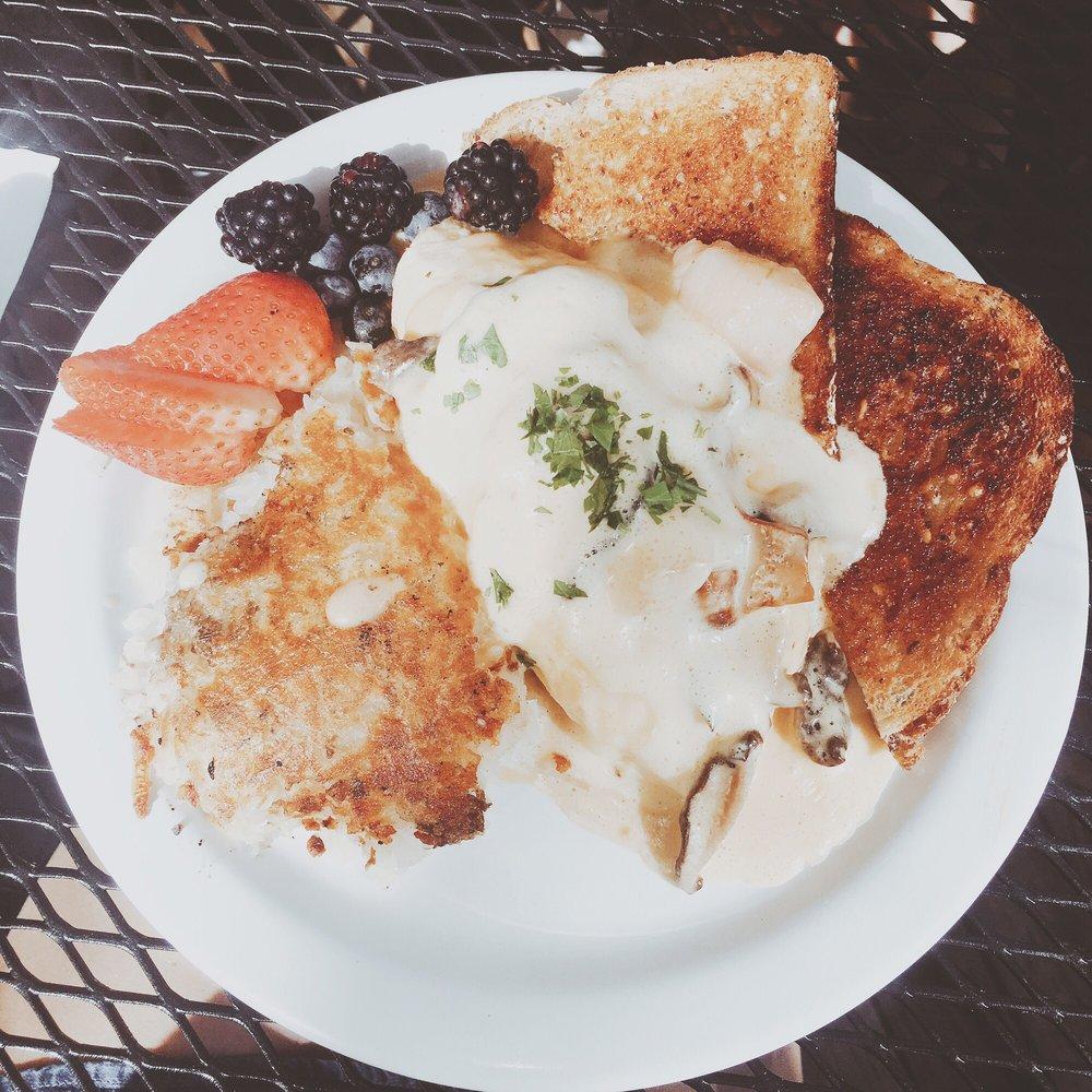 Cafe Du Berry: 6439 SW Macadam Ave, Portland, OR