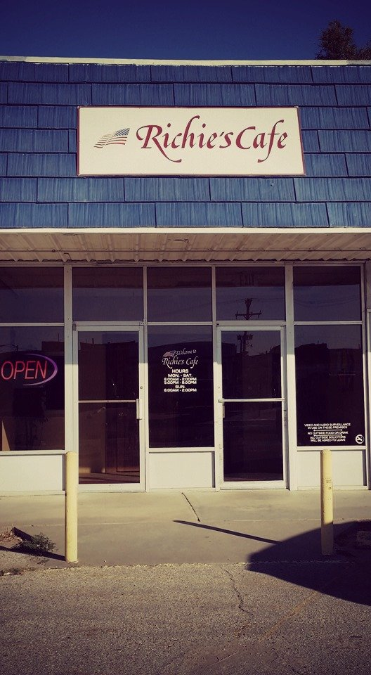 Richie's Cafe: 202 E Ave A, Cimarron, KS