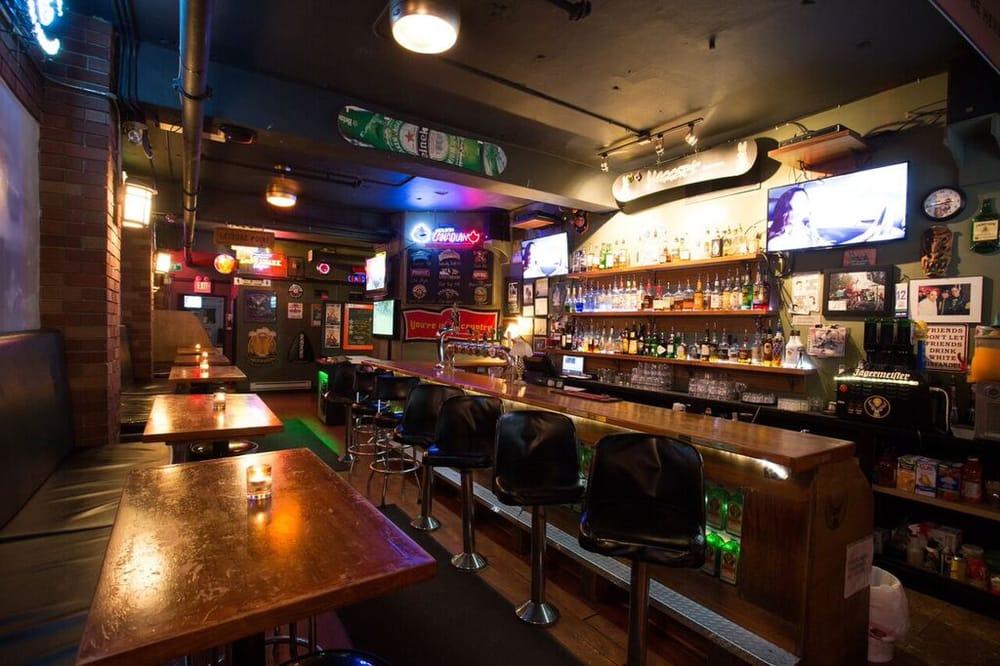 Yagger S Downtown Restaurant Sports Bar