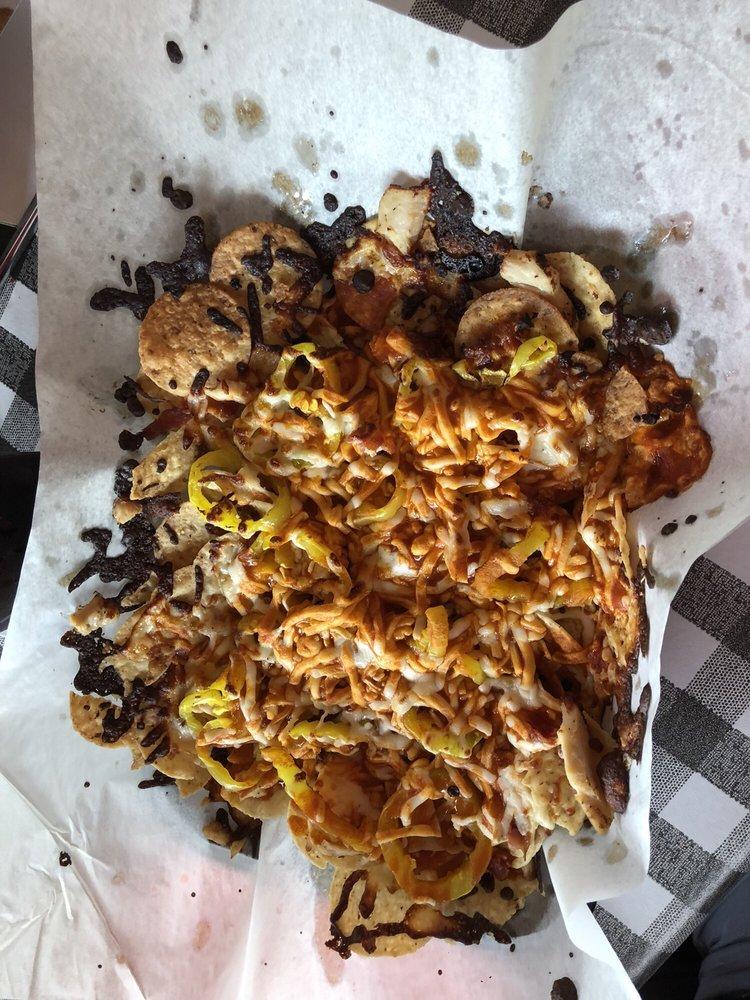 Big Bear Pizzeria & Deli: 402 S Lakeshore Dr, Lake City, MN
