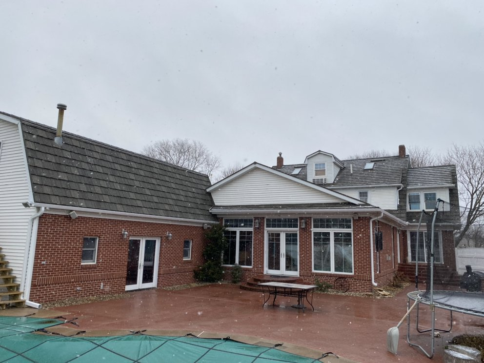 Quick Roofing: 4503 E 50th St, Des Moines, IA