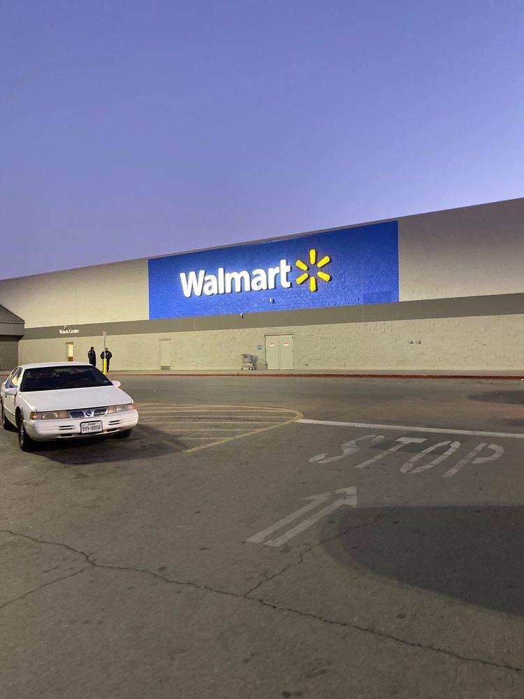 Walmart Supercenter: 4530 Woodrow Bean, El Paso, TX