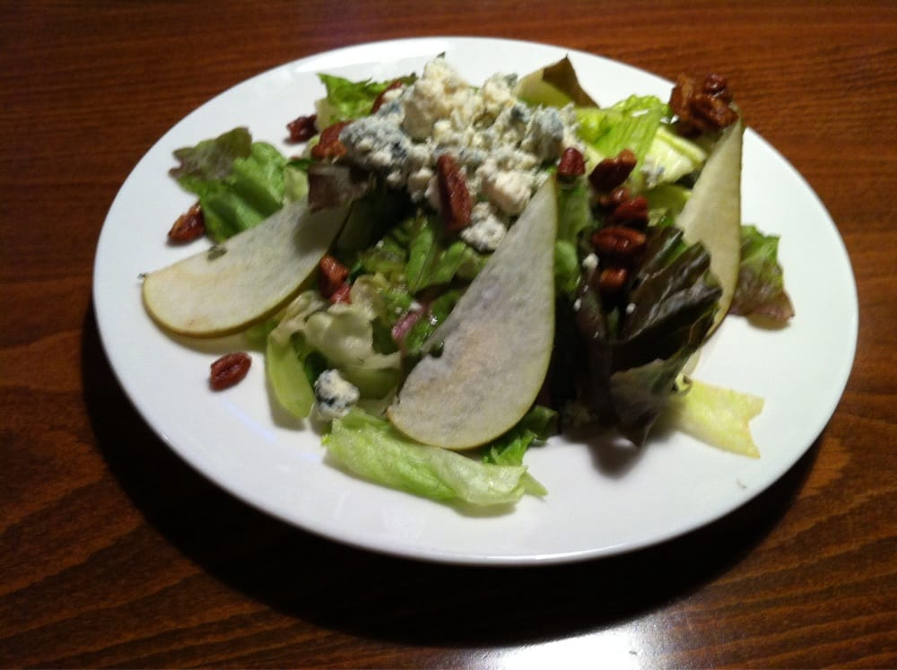 Pear pecan blue cheese salad yelp for Big fish woodinville